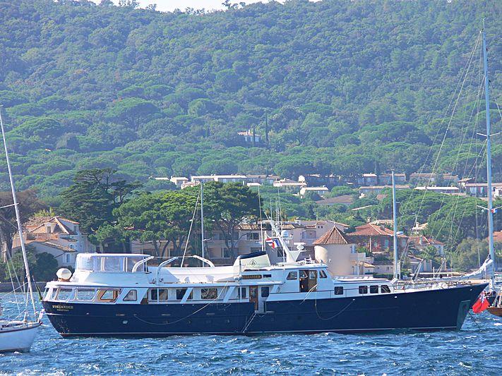 Bystander yacht anchored in Golfe de Saint-Tropez