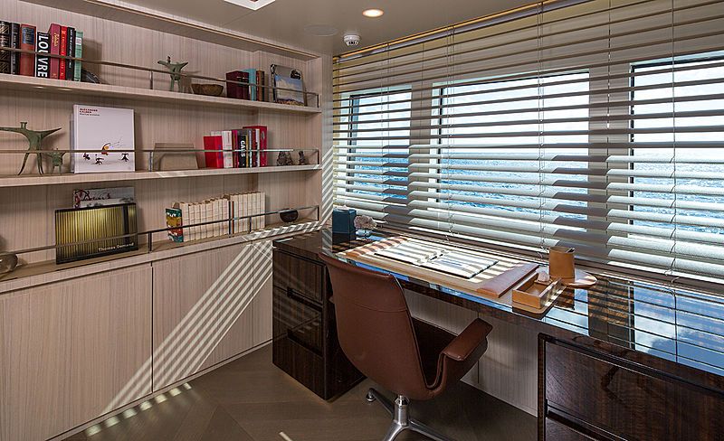 Broadwater yacht study room