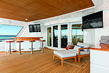 Picnic Yacht 2000