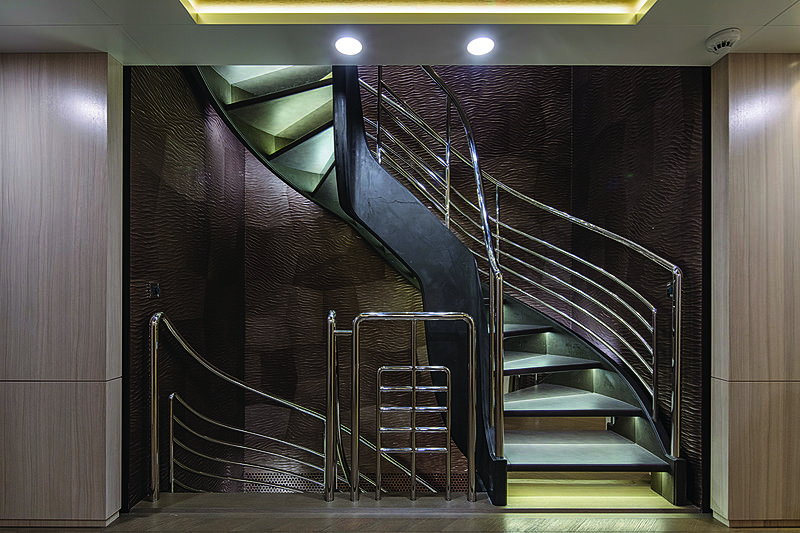 Broadwater yacht hall and staircase