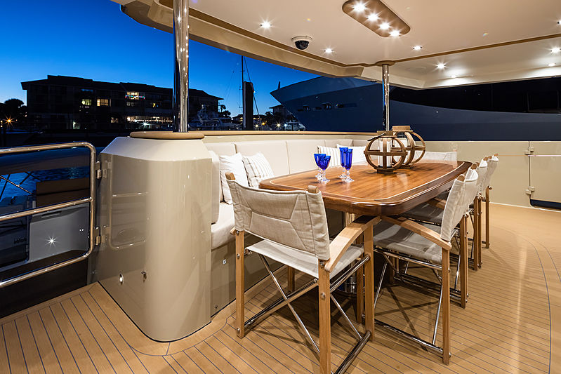 Northland yacht dining and deck