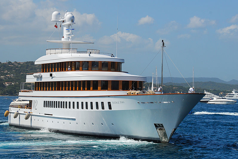 Wedge Too yacht in St Tropez