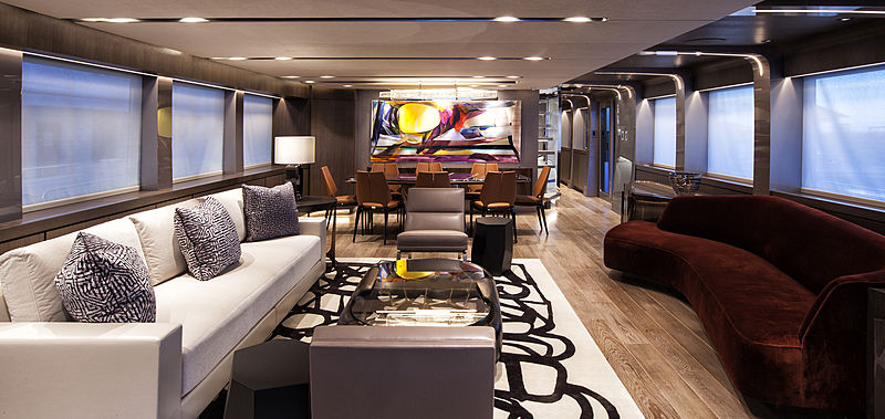 Pepper XIII yacht saloon