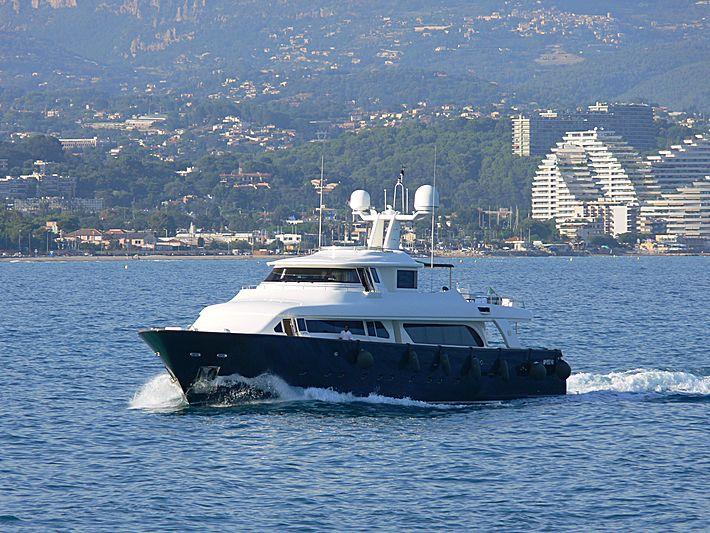 Stella Maris yacht cruising in Antibes