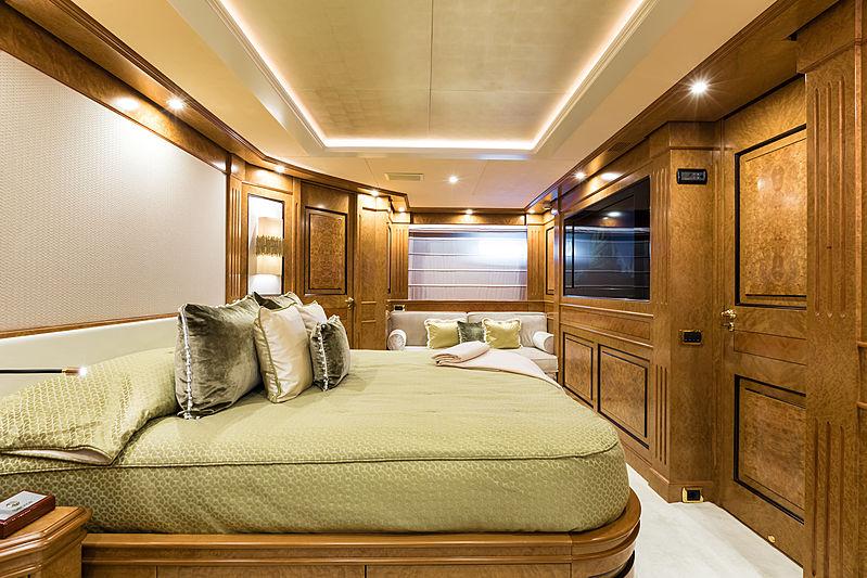 Legenda yacht double stateroom