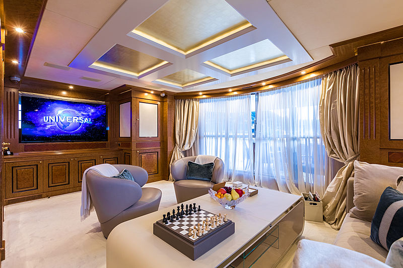 Legenda yacht upper deck saloon