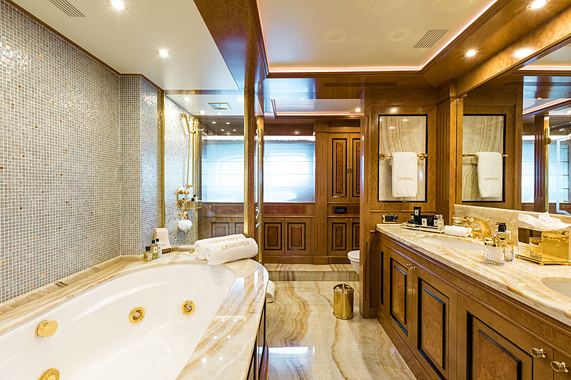 Legenda yacht master stateroom bathroom