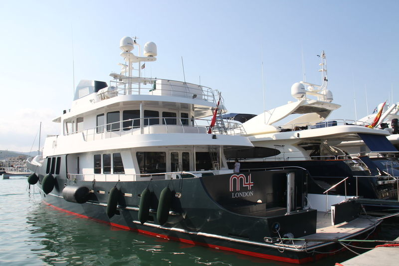 M4 yacht RMK
