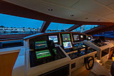 Mangusta 108 King yacht wheelhouse