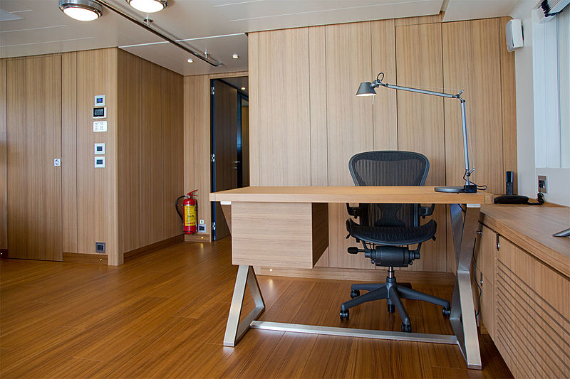 Audace yacht owner's office