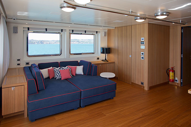 Audace yacht owner's saloon