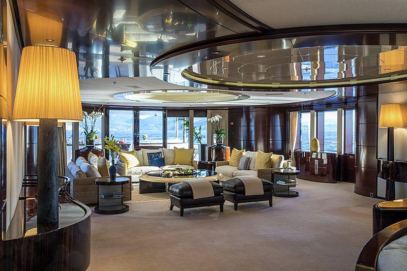 Eminence yacht saloon