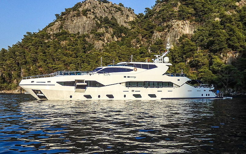 DESTINY  yacht Miss Tor