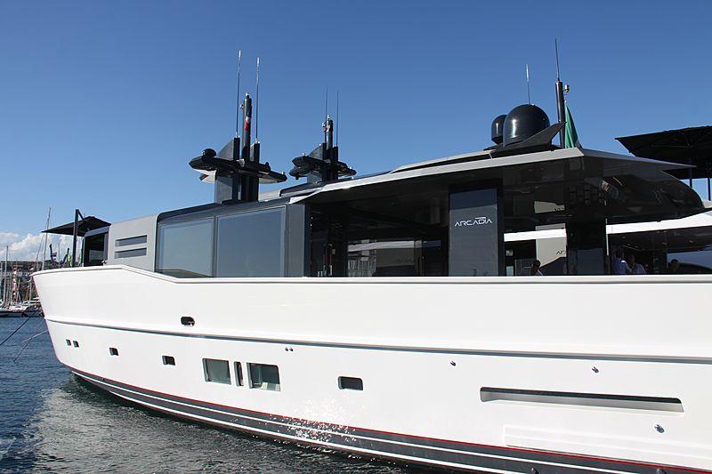 ARIA  yacht Arcadia