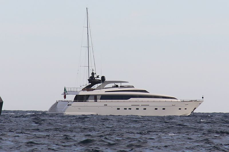 Duke yacht anchored off Cannes