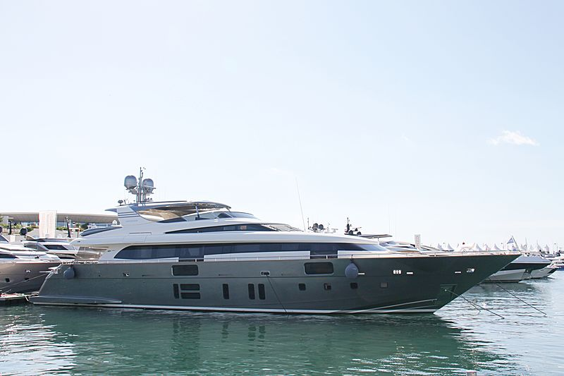 M&A'S yacht Canados