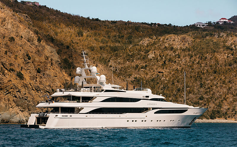 Lioness V yacht anchored off St. Barths