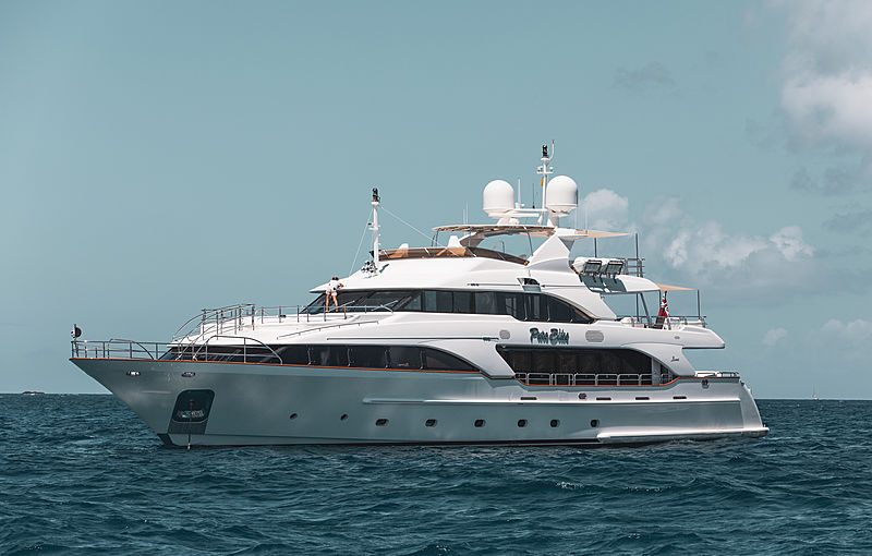 Pure Bliss yacht anchored off St. Barths