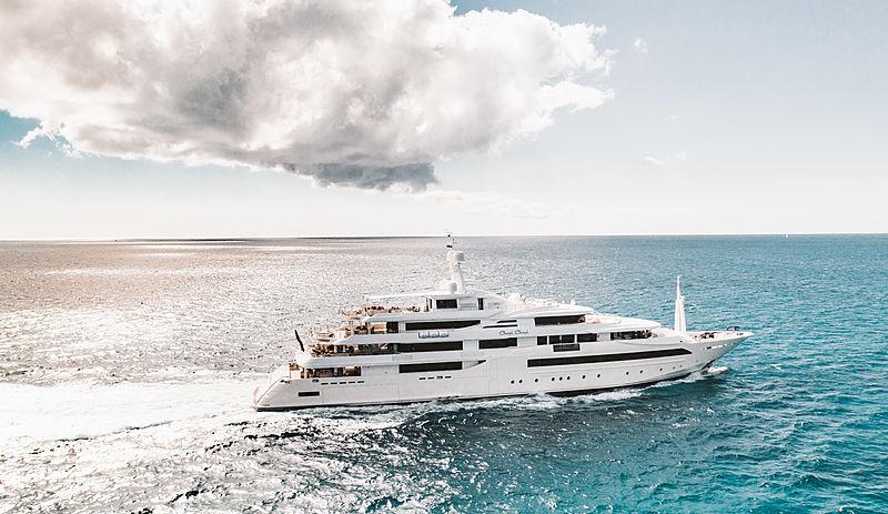Chopi Chopi yacht cruising off Marigot