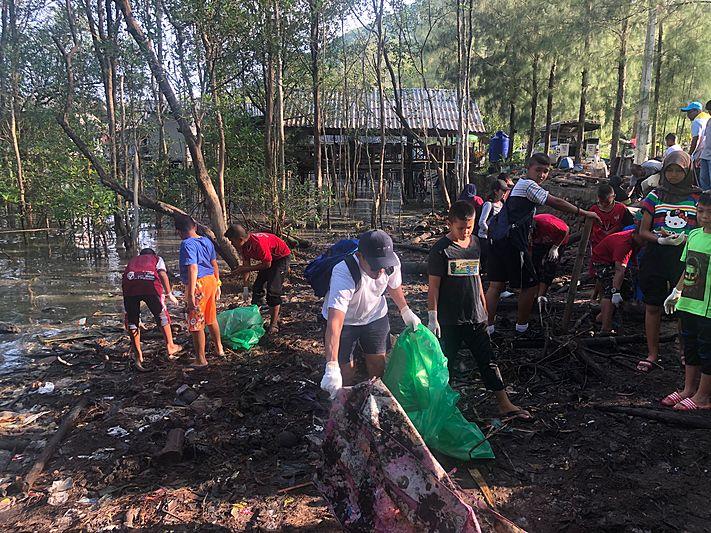 Ace Garçon Environmental clean-up