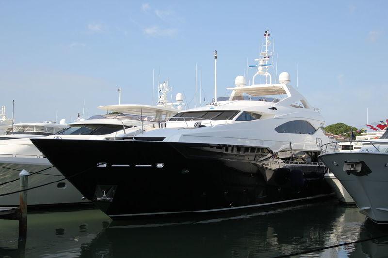KEFI  yacht Sunseeker