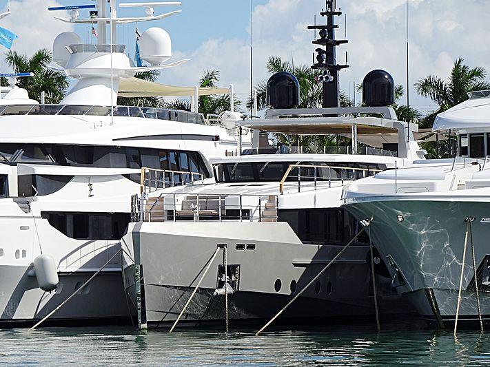 TREMENDA yacht Admiral