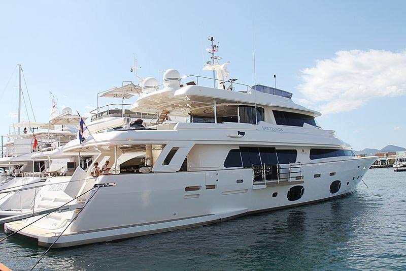 SPREZZATURA yacht Custom Line