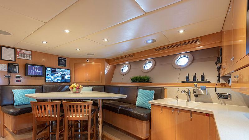 Glaze yacht kitchen