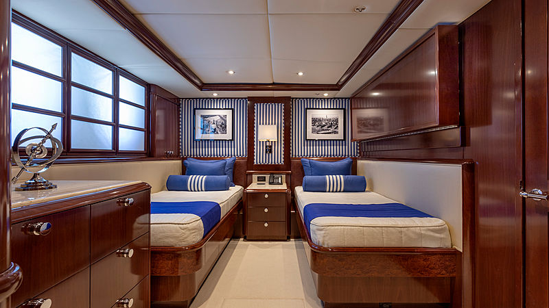 Glaze yacht stateroom