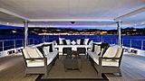 Kinta yacht deck