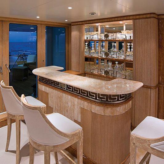 Lumiere yacht bar