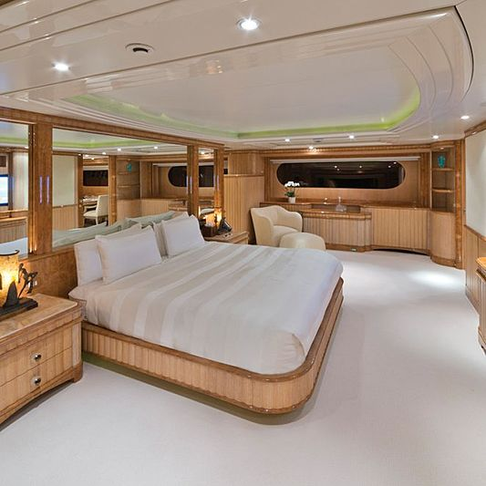 Lumiere yacht stateroom