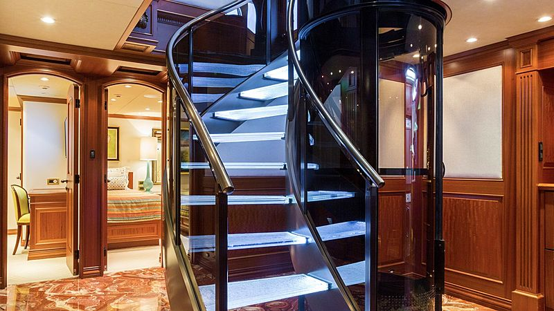 Mim yacht staircase