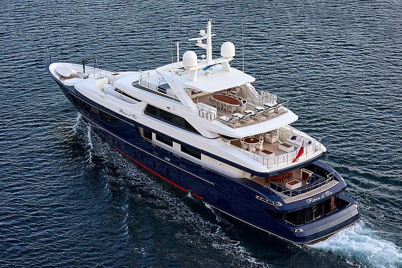 Reve d'Or yacht cruising