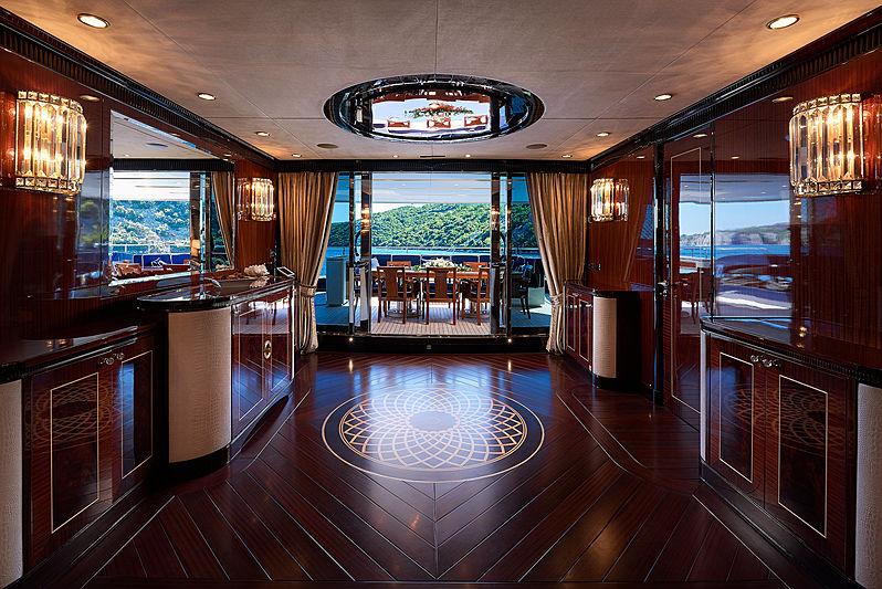 Reve d'Or yacht hall