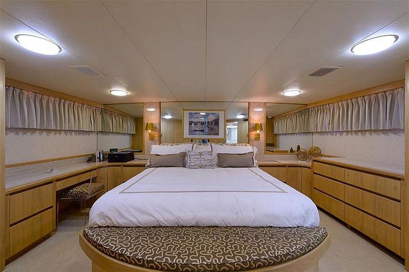Blue Star yacht stateroom