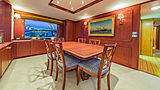Casual Water yacht dining room
