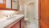 Casual Water yacht bathroom