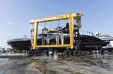 Black Legend Yacht Overmarine