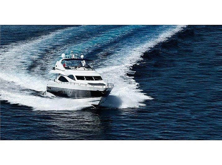 SONO yacht Sunseeker