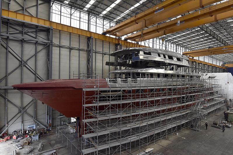SanLorenzo 64 Steel in build in La Spezia