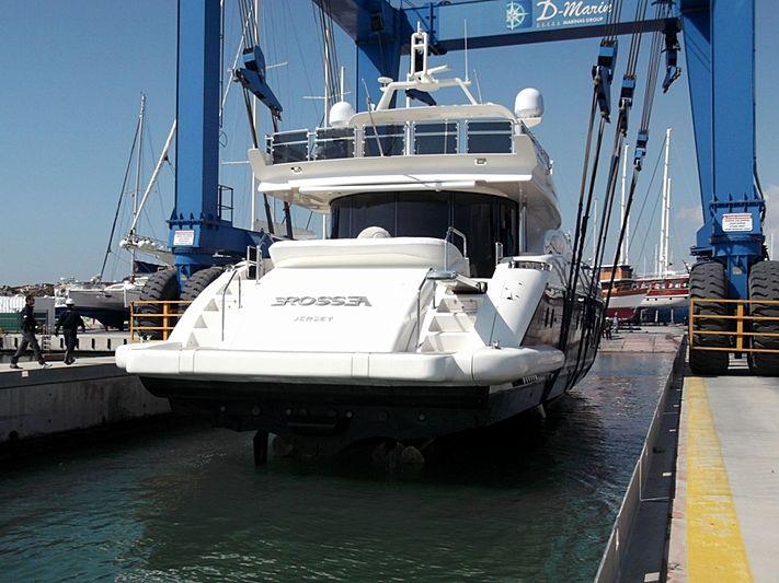 Erossea yacht by Azimut
