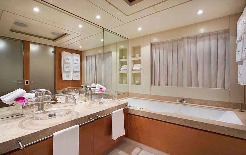 Rola yacht bathroom