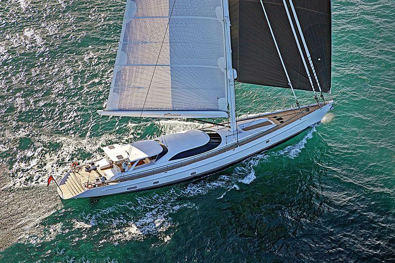 Sailing yacht Encore