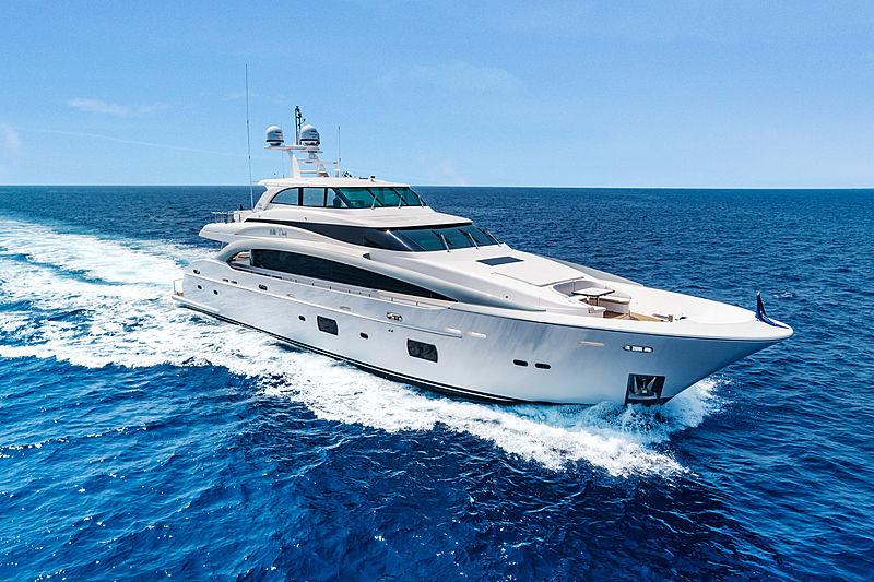 Wild Duck yacht cruising