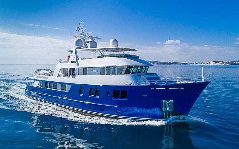 B5 yacht Delta Marine