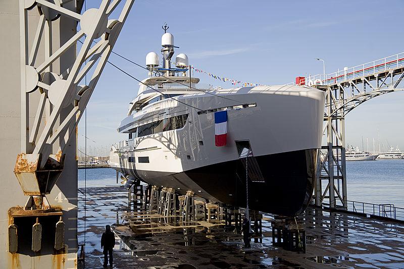 Bintador yacht launch
