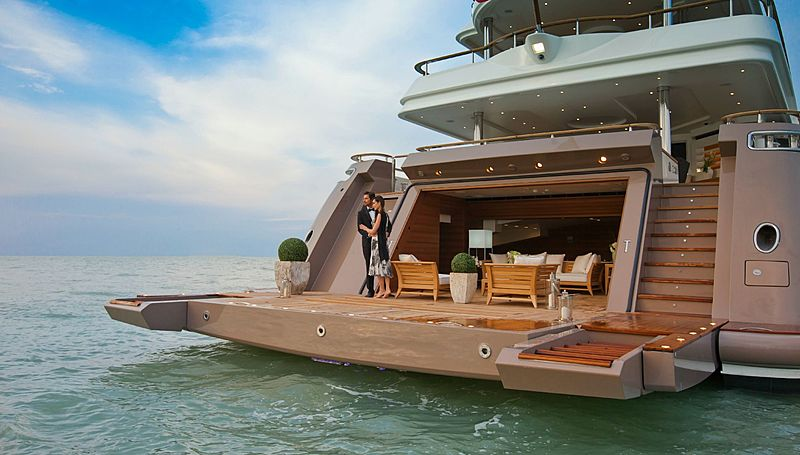 J'Ade yacht beachclub