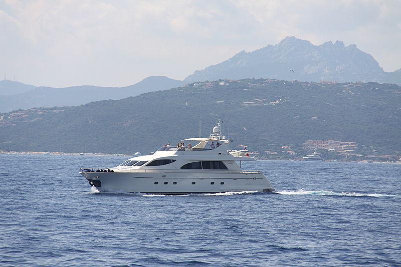 PEKATOO yacht Falcon