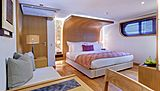 Salila yacht stateroom